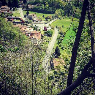 Ogni strada da noi è un viaggio nella STORIA!! Ogni luogo, ogni pietra.. nasconde dei segreti tutti da scoprire! #allaprossima #bedandbreakfast #b&b #piemonte #witalia #turismo #religioso #sulleviedellastoria #montemesma #viacrucis #lagoorta #2021 #camminare #fabeneallasalute #e #anima
