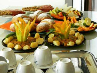La colazione è un momento importante. Per questo motivo ogni mattina cerchiamo di fare il nostro meglio per dare ai nostri clienti un ottimo buongiorno. #allaprossima #bedandbreakfast #luoghidavisitare #lagoorta #colazione #speciale #per #inostriospiti